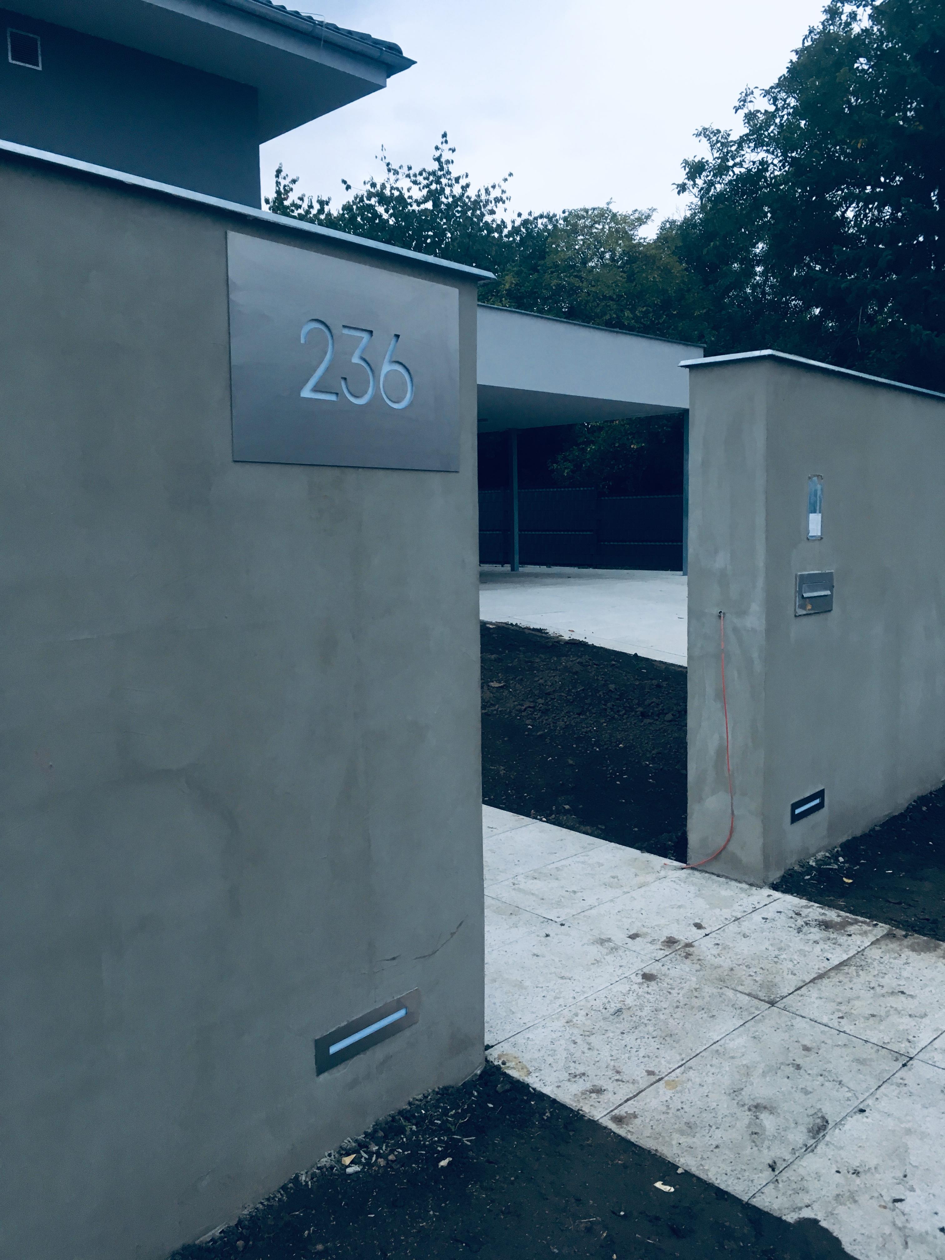 Světelné popisné číslo domu