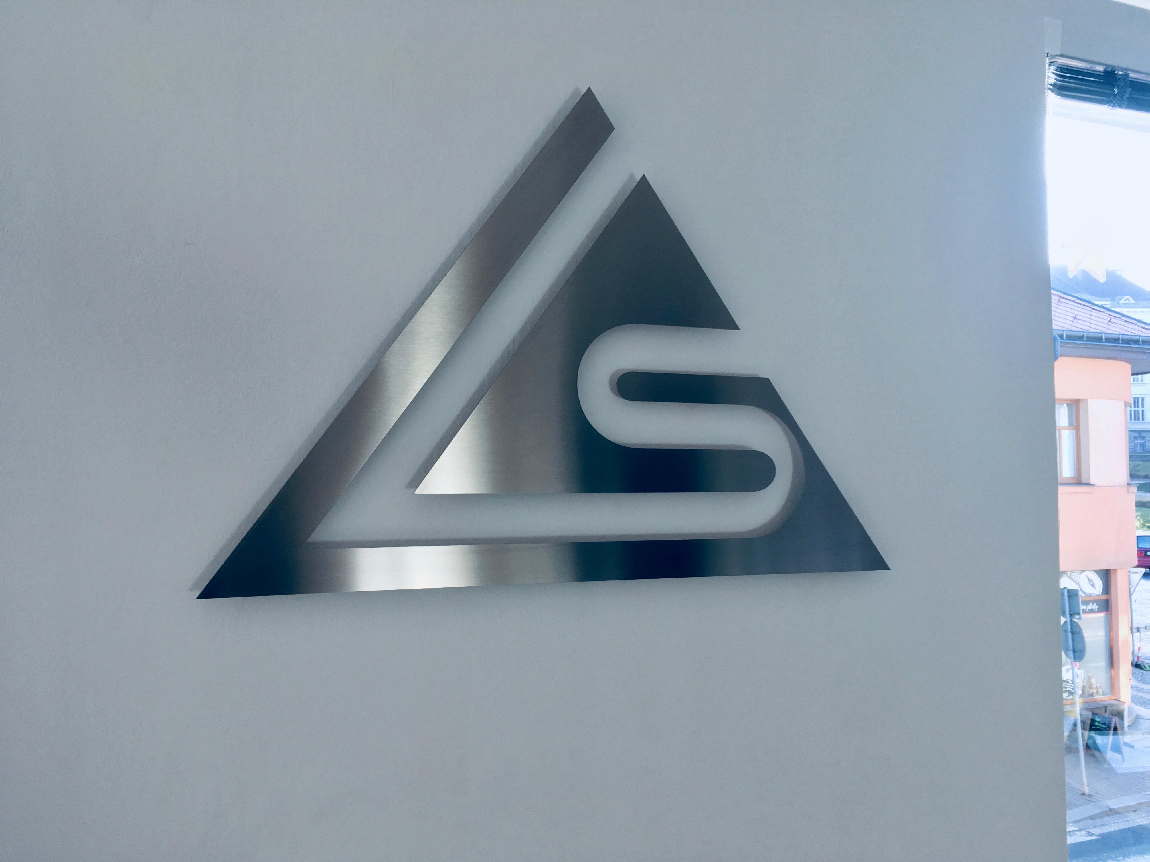 Firemní logo nerez